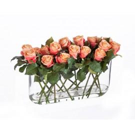 Композиция Розы роз-персик в дизайн-стекле с водой высота